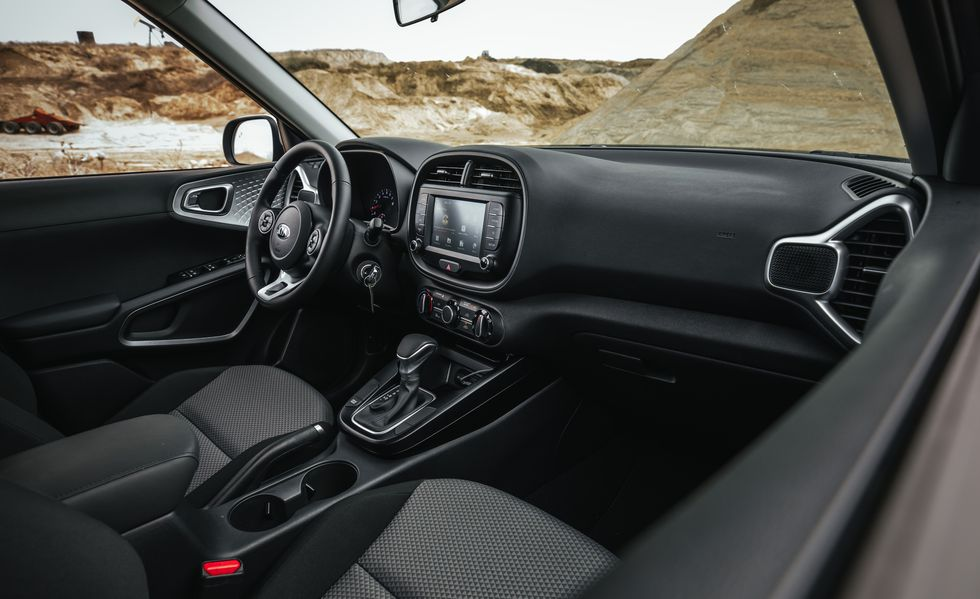 2021 kia soul review: pricing, specs, mpg ratings and