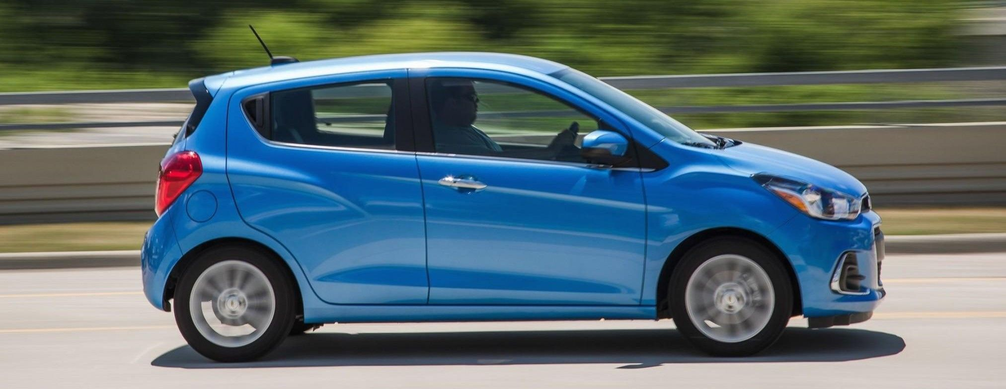2019 Chevrolet Spark blue color side view acceleration
