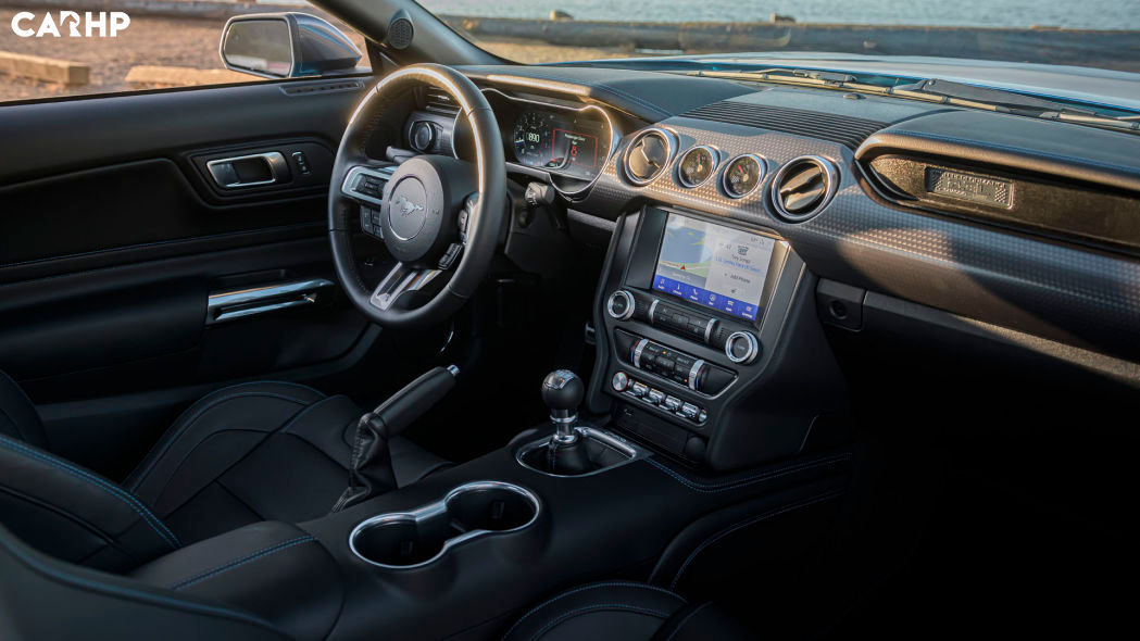 2022 Ford Mustang Coupe interior image
