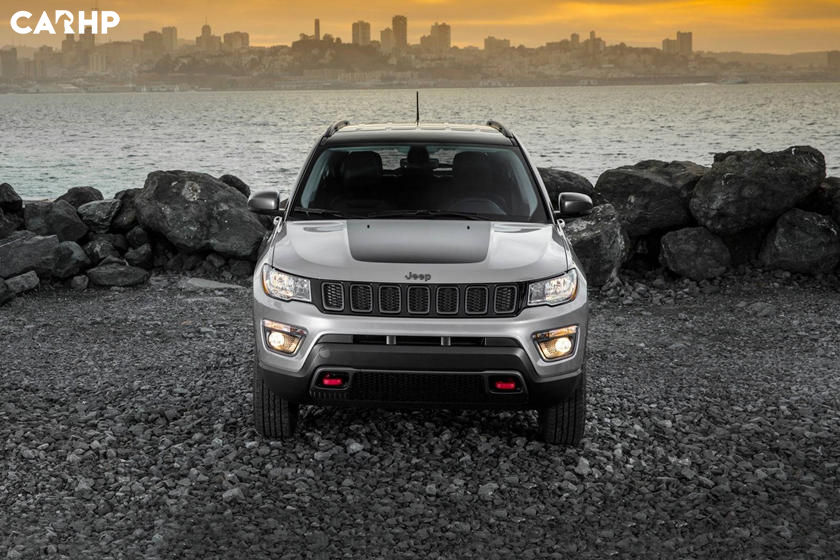 2020 Jeep Compass front view