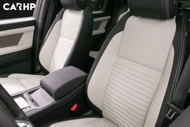 2021 Land Rover Discovery SUV interior image