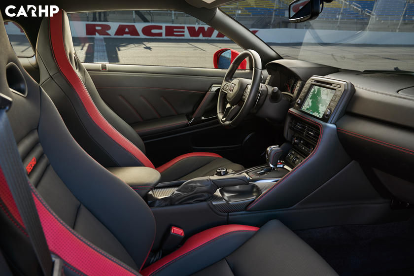 2021 Nissan GT-R Coupe Interior