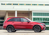 2019 Mercedes-Benz AMG GLC 63 Right Side View