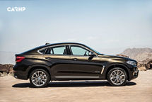 2020 BMW X6 Right Side View