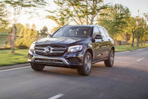 2020 Mercedes-Benz GLC 350e plug-in hybrid 3 Quarter View