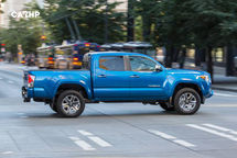 2020 Toyota Tacoma Right Side View