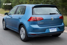 2019 Volkswagen e-Golf electric Rear View